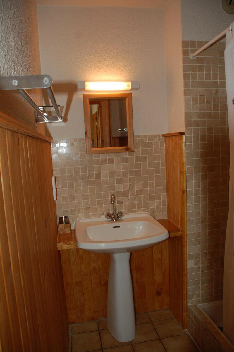 Location au ski Appartement 2 pièces cabine 6 personnes (003CL) - Résidence le Chardonnet - Champagny-en-Vanoise - Lavabo