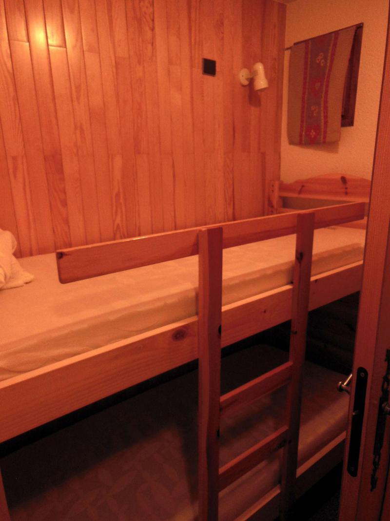 Location au ski Appartement 2 pièces cabine 6 personnes (012CL) - Résidence le Chardonnet - Champagny-en-Vanoise - Lits superposés