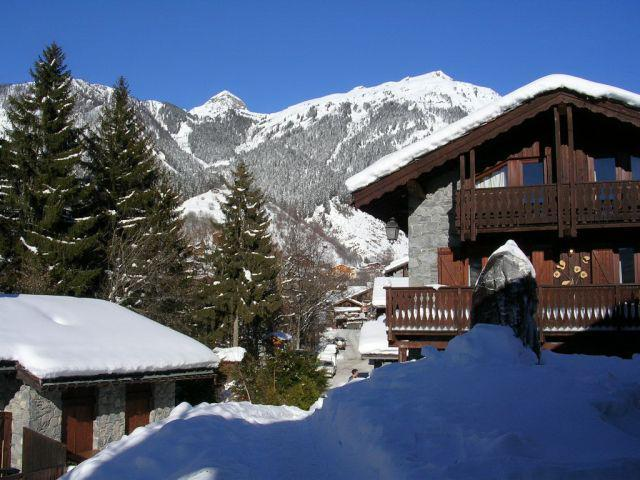 Location au ski Résidence le Hameau des Rochers - Champagny-en-Vanoise - Extérieur hiver