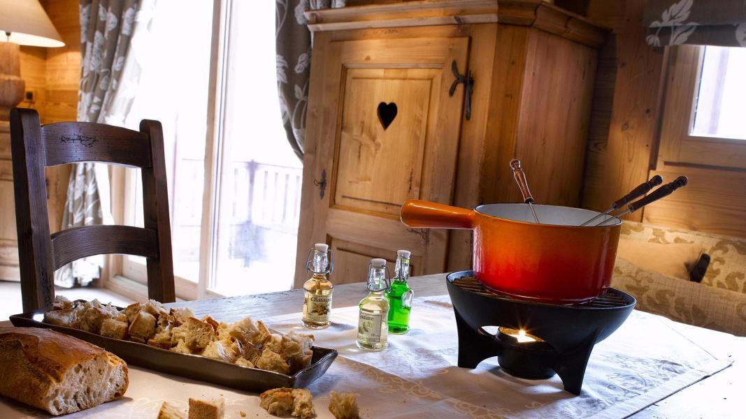 Skiverleih Résidence les Alpages de Champagny - Champagny-en-Vanoise - Esszimmer
