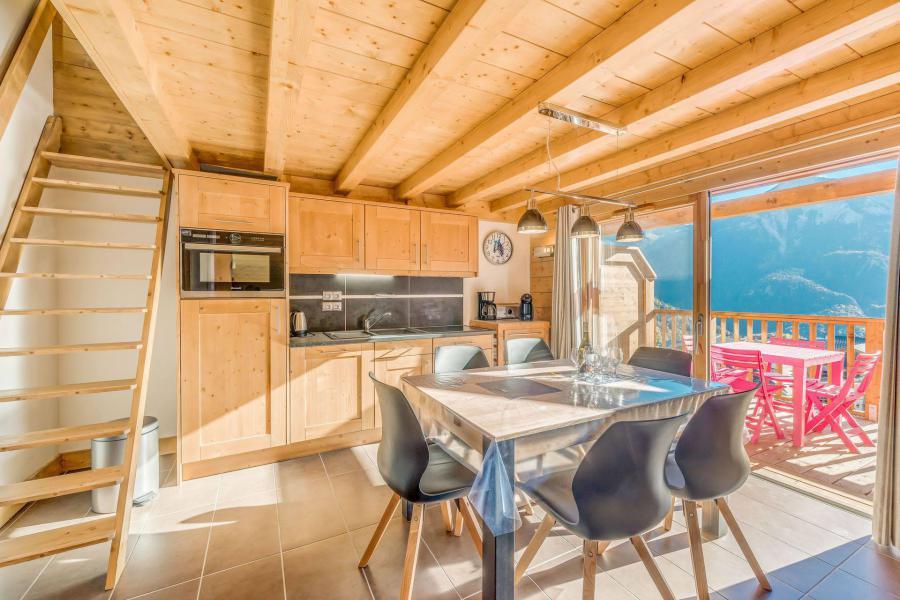 Location au ski Appartement 2 pièces mezzanine 6 personnes (B15) - Résidence les Balcons Etoilés - Champagny-en-Vanoise - Escalier