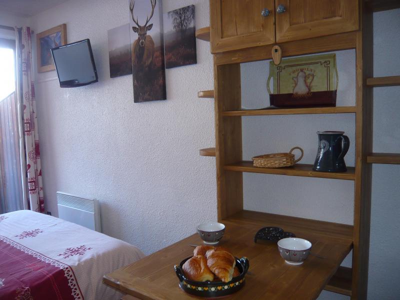 Location au ski Studio 2 personnes - Résidence les Edelweiss - Champagny-en-Vanoise - Coin repas