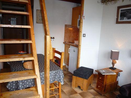 Location au ski Studio 3 personnes (standard) - Résidence les Edelweiss - Champagny-en-Vanoise - Coin repas