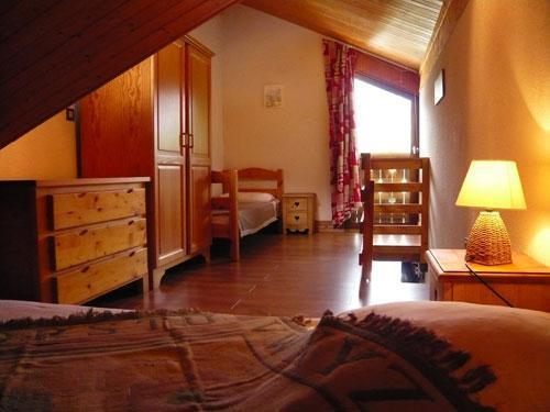 Location au ski Studio 3 personnes (standard) - Résidence les Edelweiss - Champagny-en-Vanoise - Placard