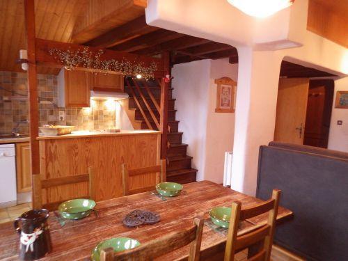 Location au ski Studio mezzanine 4 personnes - Résidence les Edelweiss - Champagny-en-Vanoise - Table