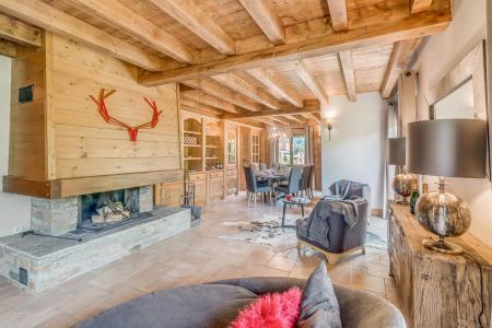 Rent in ski resort 7 room triplex chalet 10-12 people - Chalet Alideale - Champagny-en-Vanoise - Fireplace