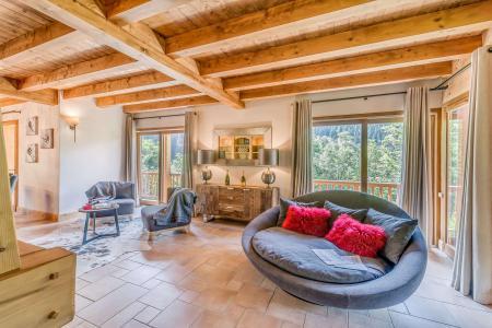 Rent in ski resort 7 room triplex chalet 10-12 people - Chalet Alideale - Champagny-en-Vanoise - Living room