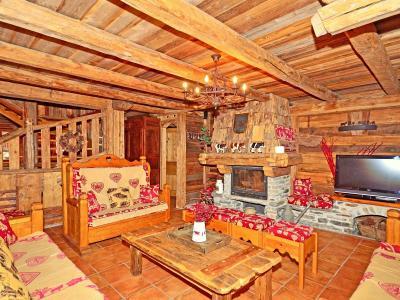 Rent in ski resort Chalet Champagny CPV01 - Champagny-en-Vanoise - Living room