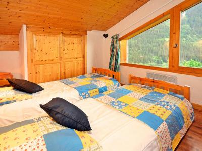 Rent in ski resort Chalet Grand Arbet - Champagny-en-Vanoise - Bedroom