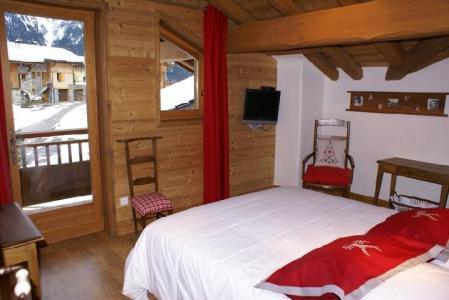 Rent in ski resort 5 room duplex chalet 8-10 people - Chalet la Sauvire - Champagny-en-Vanoise - Bedroom