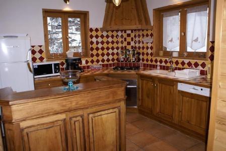 Rent in ski resort 5 room duplex chalet 8-10 people - Chalet la Sauvire - Champagny-en-Vanoise - Open-plan kitchen
