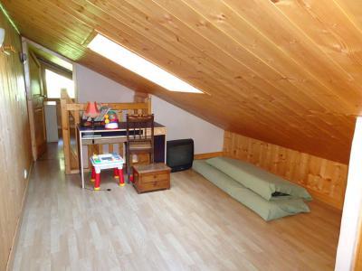 Rent in ski resort 6 room triplex apartment 12 people - Chalet Soldanelles - Champagny-en-Vanoise - Mezzanine under mansard (-1,80 m)
