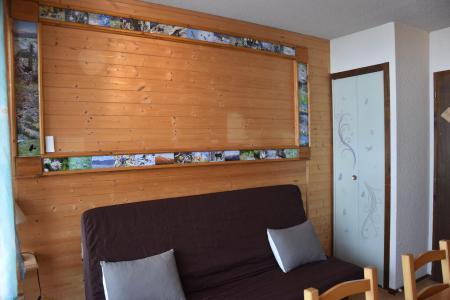 Rent in ski resort Studio 3 people (D6) - Les Hauts de Planchamp - Champagny-en-Vanoise - Sofa bed