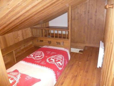 Location au ski Appartement 3 pièces 5 personnes - Résidence les Edelweiss - Champagny-en-Vanoise - Chambre mansardée