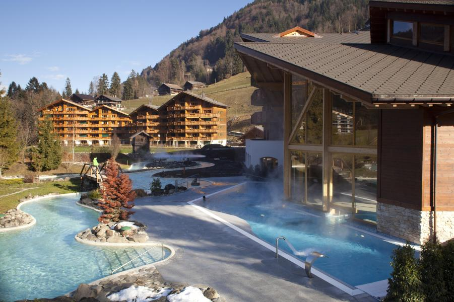 Location au ski Residence Dents Blanches - Dents Du Midi - Champéry - Piscine