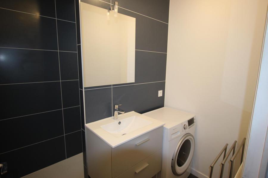 Vacances en montagne Appartement 2 pièces 6 personnes (105) - Résidence le Cap 2000 - Chamrousse - Banquette-lit tiroir