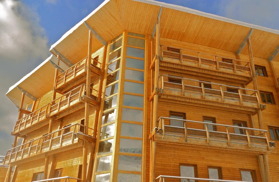 Rent in ski resort Résidence les Balcons du Recoin By Resid&Co - Chamrousse - Winter outside
