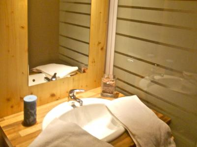 Rent in ski resort Résidence les Balcons du Recoin By Resid&Co - Chamrousse - Shower room