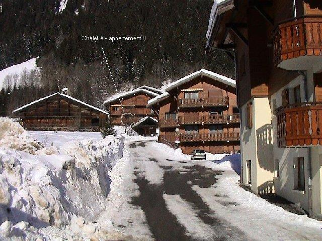 Rent in ski resort 2 room apartment sleeping corner 5 people (8A) - Chalet du Perthuis - Châtel - Winter outside