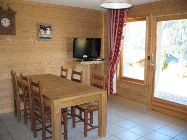 Location au ski Appartement 3 pièces 6 personnes - Chalet Klesse Christelle - Châtel - Table