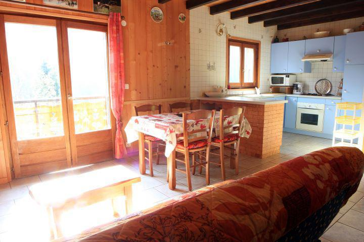 Rent in ski resort 2 room duplex chalet 5 people - Chalet la Fouine - Châtel - Table