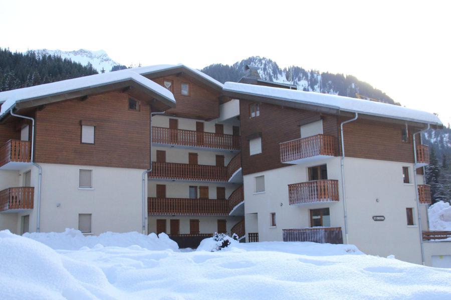 Vacances en montagne Résidence le Christina - Châtel - Extérieur hiver