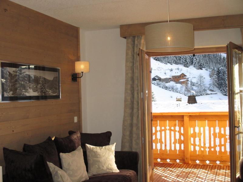 Аренда на лыжном курорте Résidence le Grand Ermitage - Châtel - Французское окно выходящее на балкон