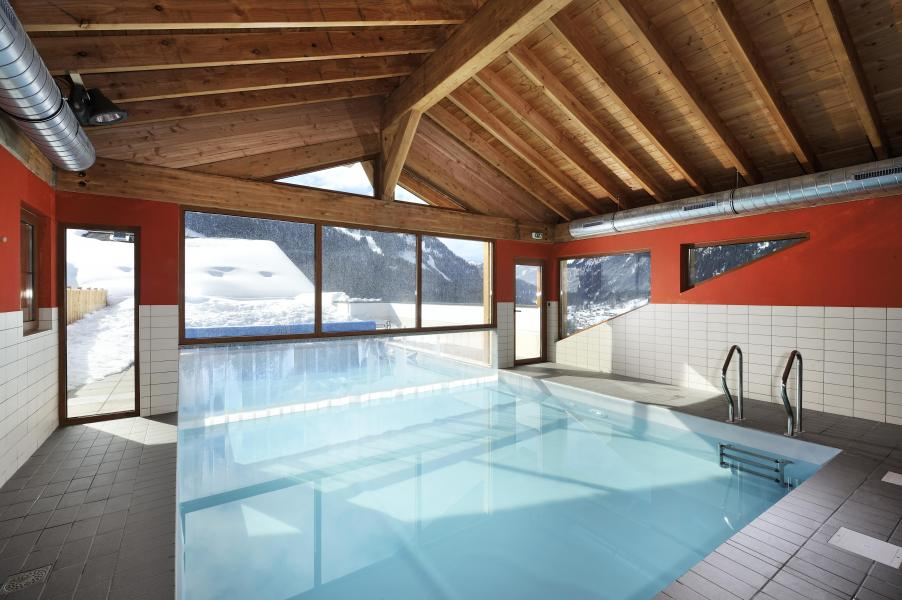 Location au ski Residence Le Grand Lodge - Châtel - Piscine