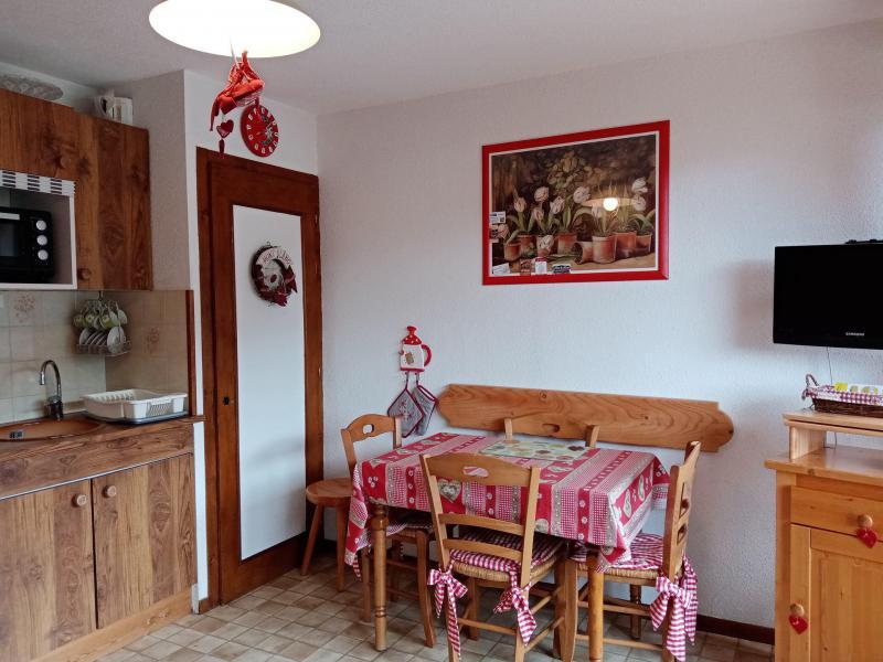 Location au ski Appartement 2 pièces 4 personnes (JR9) - Résidence le Joran - Châtel - Table