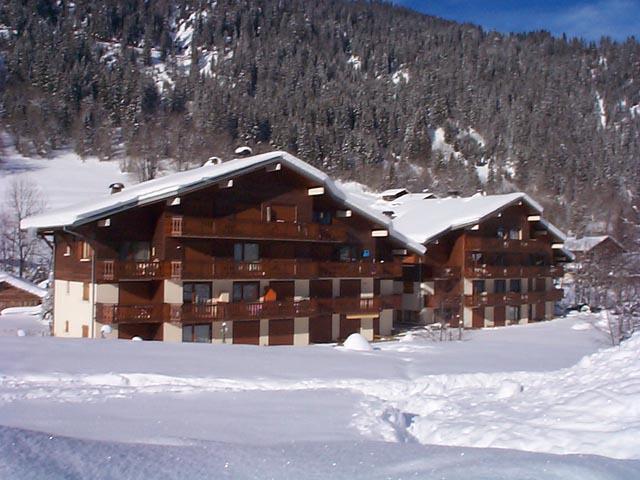 Vakantie in de bergen Résidence le Mermy - Châtel - Buiten winter