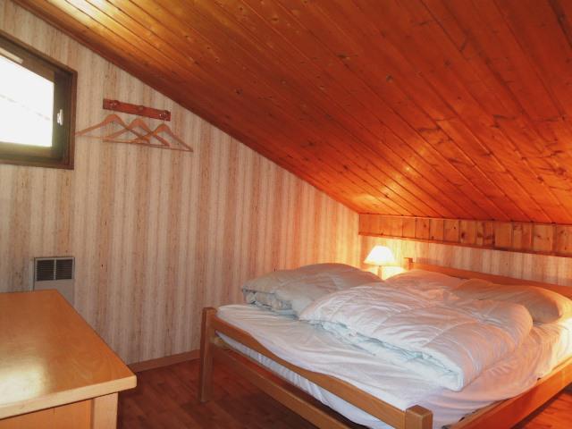 Location au ski Appartement duplex 3 pièces coin montagne 8 personnes (A23) - Résidence le Mermy - Châtel - Chambre mansardée