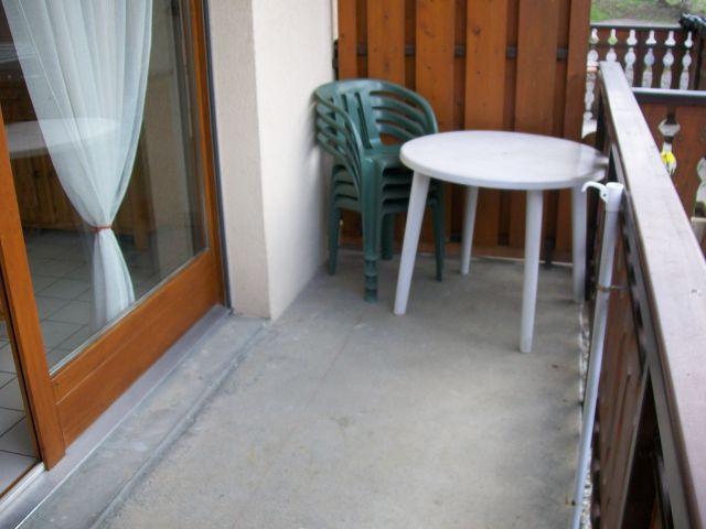 Rent in ski resort Studio sleeping corner 3 people (4) - Résidence le Mouflon - les Jonquilles - Châtel - Balcony