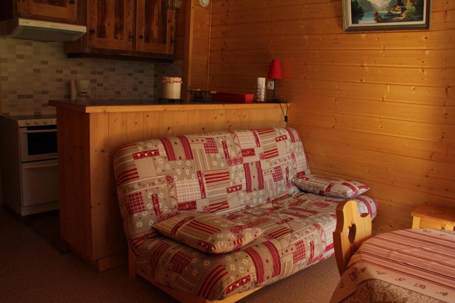 Location au ski Studio 4 personnes - Résidence le Sylvia - Châtel - Banquette-lit tiroir
