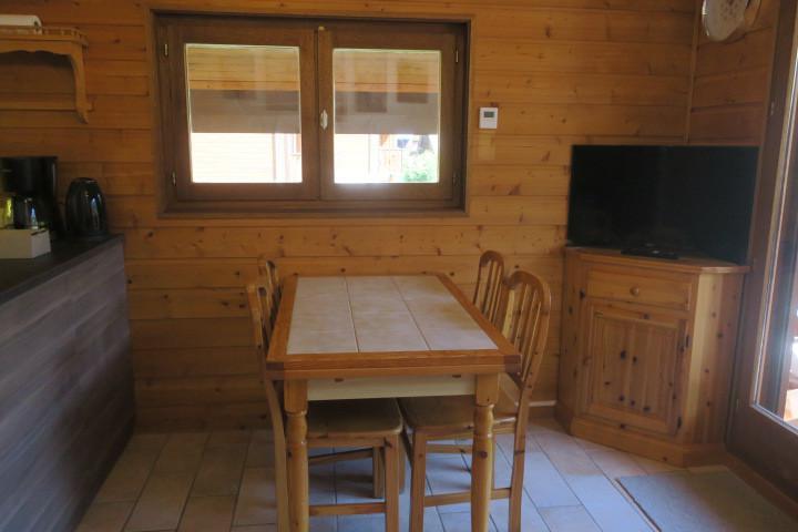 Location au ski Appartement 2 pièces 6 personnes (A18) - Résidence les Chalets de Perthuis - Châtel - Table