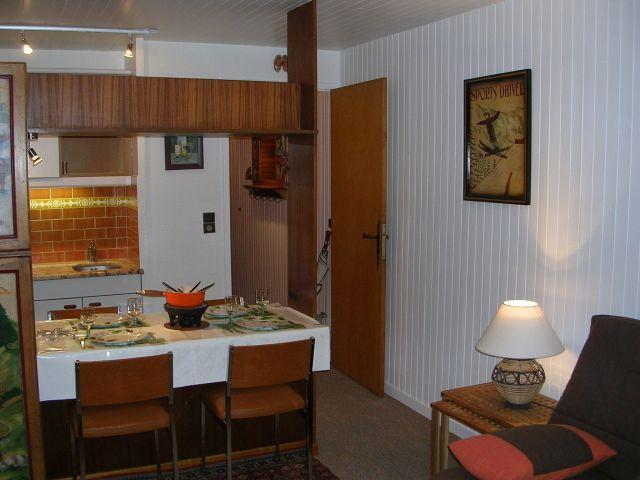 Rent in ski resort Studio 3 people (RHO504) - Résidence les Rhododendrons - Châtel - Dining area