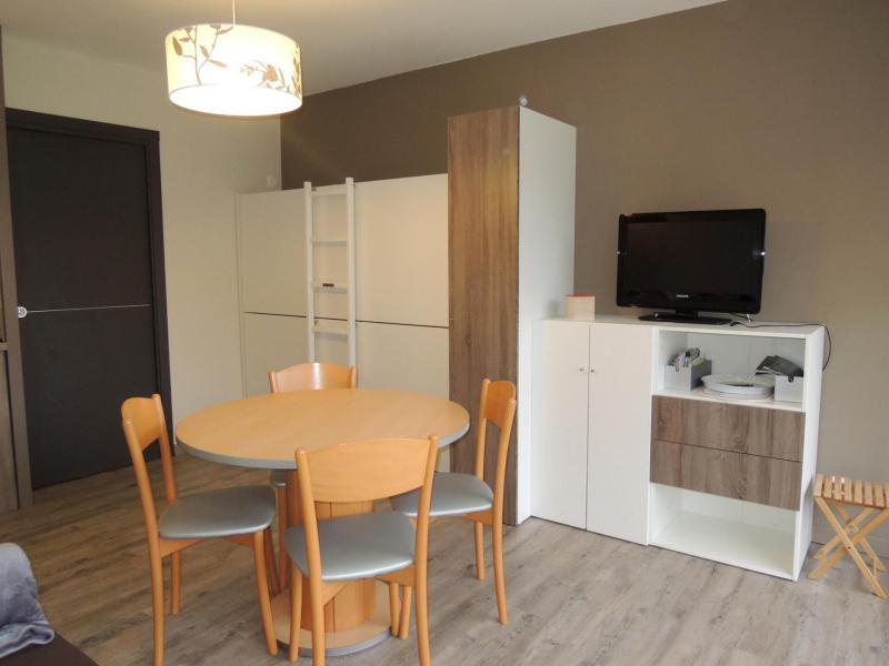 Location au ski Studio cabine 4 personnes (8) - Résidence Solarium - Châtel - Table