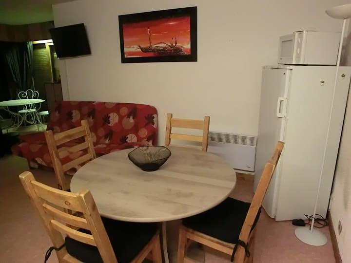 Location au ski Appartement 2 pièces 5 personnes (YT1069) - Résidence Yéti - Châtel - Table