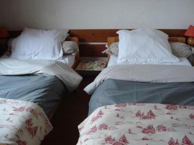 Rent in ski resort 3 room apartment 6 people - Chalet Bel Horizon - Châtel - Single bed