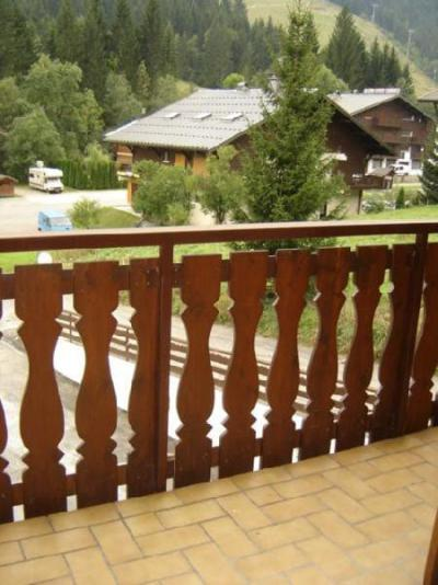 Rent in ski resort 2 room apartment sleeping corner 5 people (12C) - Chalet du Perthuis - Châtel - Balcony