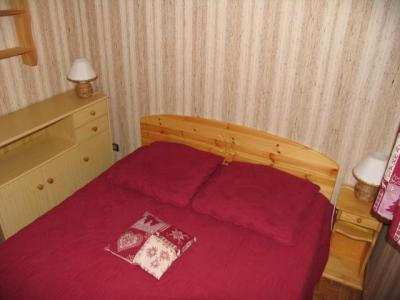 Rent in ski resort 2 room apartment sleeping corner 5 people (8A) - Chalet du Perthuis - Châtel - Double bed