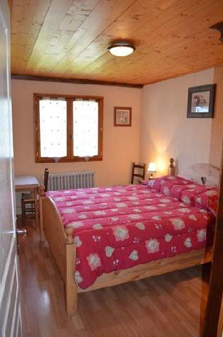 Rent in ski resort Chalet Grillet Charles - Châtel - Double bed