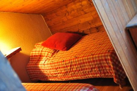 Rent in ski resort 3 room apartment 7 people (1) - Chalet le Vieux Four - Châtel - Sleeping area