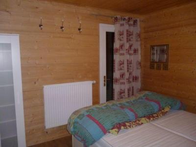 Rent in ski resort 2 room apartment 4 people (5) - Chalet les Bouquetins - Châtel - Bedroom
