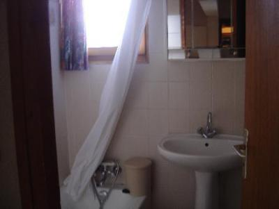 Rent in ski resort 3 room apartment 6 people (2) - Chalet les Bouquetins - Châtel - Wash-hand basin