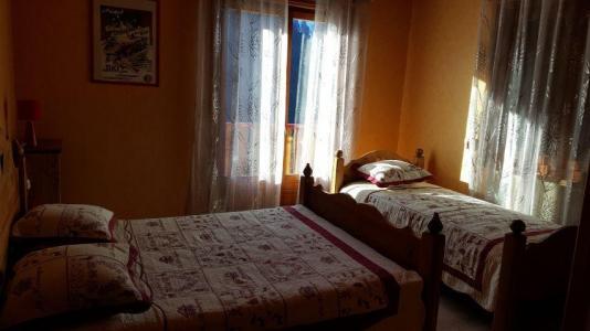 Location au ski Appartement 4 pièces 8 personnes (002) - Chalet les Pensées - Châtel - Lit d'appoint 1 personne