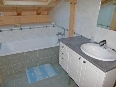 Location au ski Chalet Ramoneur Savoyard - Chatel - Salle de bains