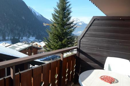 Rent in ski resort Studio sleeping corner 3 people - La Résidence les Montagnys - Châtel - Winter outside