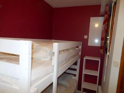 Rent in ski resort 2 room apartment sleeping corner 5 people - La Résidence les Myrtilles - Châtel - Bunk beds