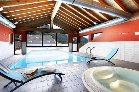 Location au ski Résidence le Grand Lodge - Châtel - Bain à remous
