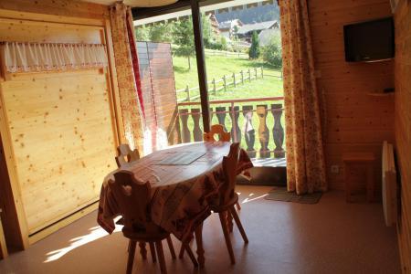 Location au ski Studio 4 personnes - Résidence le Sylvia - Châtel - Table